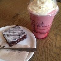7/8/2015 tarihinde Pit C.ziyaretçi tarafından Starbucks'de çekilen fotoğraf