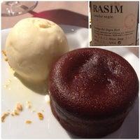Foto diambil di Topik Restaurant oleh cellercalmarino pada 10/13/2014