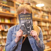 7/19/2015에 Benjamin M.님이 Sherman's Books and Stationery에서 찍은 사진