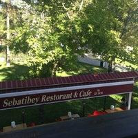 10/12/2013 tarihinde Seyhân s.ziyaretçi tarafından Sebatibey Restorant&Cafe'de çekilen fotoğraf