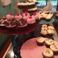 Photo taken at Lavender Moon Cupcakery by Anna M. on 10/26/2013