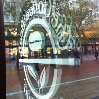 Photo taken at The Coffee Bean & Tea Leaf by Christopher S. on 10/12/2012