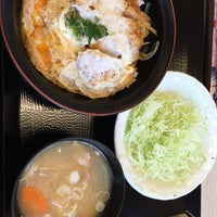 Photo taken at かつや 深谷店 by きたし on 10/8/2014