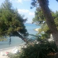 Das Foto wurde bei Ambarlı Sahili von ZüLaL am 8/29/2013 aufgenommen