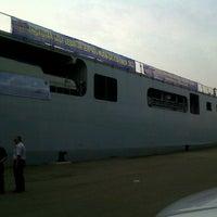 Photo taken at Terminal Penumpang Nusantara Pelabuhan Tanjung Priok by Navyana H. on 8/5/2013