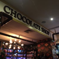 Photo taken at Max Brenner by Mr. White on 12/26/2014