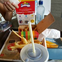 Photo taken at McDonald's by S N. on 3/28/2016