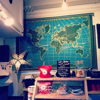 Photo prise au Little Nap COFFEE STAND par Koichi M. le12/16/2012