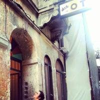 9/21/2013 tarihinde Ebru D.ziyaretçi tarafından Ot Kafe'de çekilen fotoğraf