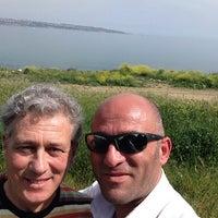 Photo taken at Mavi Deniz Yalıları Havuz by Süleyman L. on 4/23/2014
