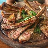 Foto tirada no(a) Boğa Kasap Steakhouse por Fırat K. em 6/21/2017