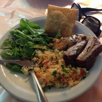 Photo taken at Restaurante Popeye by Bruno B. on 5/30/2014