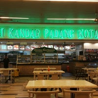 Photo taken at Nasi Kandar Padang Kota by Farid D. on 9/24/2016
