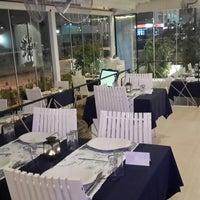 1/14/2014 tarihinde ⚓↪Cülyan Ö.ziyaretçi tarafından Vira Balık Restoran'de çekilen fotoğraf