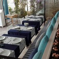 12/24/2013 tarihinde ⚓↪Cülyan Ö.ziyaretçi tarafından Vira Balık Restoran'de çekilen fotoğraf