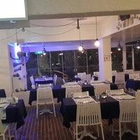 1/9/2014 tarihinde ⚓↪Cülyan Ö.ziyaretçi tarafından Vira Balık Restoran'de çekilen fotoğraf