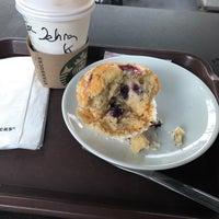 Foto scattata a Starbucks da Zehra Ç. il 9/11/2018