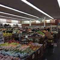 Photo taken at Sprouts Farmers Market by Svet D. on 12/21/2013