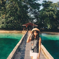 Photo taken at Pulau Siladen by Chrisma R. on 4/15/2017