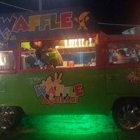 รูปภาพถ่ายที่ Waffle avcilari kumburgaz โดย Gülden เมื่อ 8/2/2014