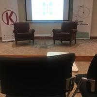 Photo taken at KWORKS / Koç Üniversitesi Girişimcilik Araştırma Merkezi by Ceren T. on 5/5/2018