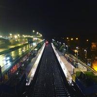 Photo taken at Sydenham Station by Nico F. on 9/11/2015