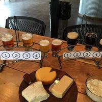Das Foto wurde bei Old Ox Brewery von Bradley H. am 4/19/2015 aufgenommen