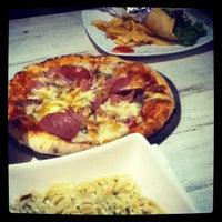 Das Foto wurde bei Goodys Cafe & Cucina von Chrisantiana D. am 8/14/2013 aufgenommen