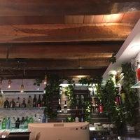 Foto tomada en Malanga Bar & Restaurante por Rox I. el 8/14/2016