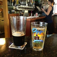 Photo taken at Oggi's Pizza & Brewing Company by Stephen C. on 4/28/2013