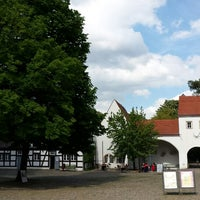 Photo taken at Jagdschloss Grunewald by Jeannette H. on 5/19/2015