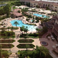 Photo prise au Rosen Shingle Creek Hotel par Leslie S. le5/26/2013