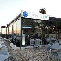 Foto tirada no(a) Terrace Oeiras por Jose Carlos S. em 2/26/2013
