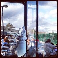 Foto tirada no(a) Terrace Oeiras por Jose Carlos S. em 3/20/2013