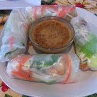 Photo taken at Noonie's Thai Cafe by Ernest F. on 12/11/2012