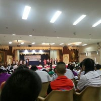 Photo taken at หอประชุมนวรัตน์ by Sandy S. on 7/30/2014