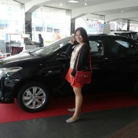 Photo taken at Toyota Ubon by Nuttawipa 🐰 on 10/18/2014