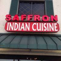 Foto scattata a Saffron Indian Cuisine da Jerry G. il 1/13/2015