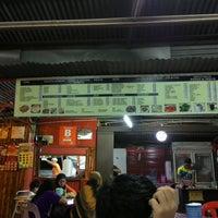 Photo taken at kedai makan jalan bukit istana by Ho S. on 11/17/2013