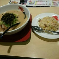 Photo taken at らーめん世界 福久店 by いおりん on 5/11/2015