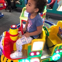 Photo taken at Chuck E. Cheese's by Taza A. on 2/2/2017