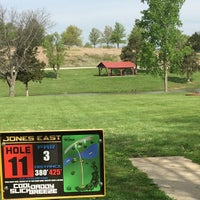 Photo taken at Jones Park Disc Golf Course by Ryan G. on 5/13/2015