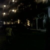 Foto diambil di Hotel Ratna oleh Angela T. pada 8/15/2013