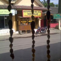 "Photo taken at Ketoprak dan Mie Ayam ""Siang Malam"" by Nez A. on 4/8/2013"
