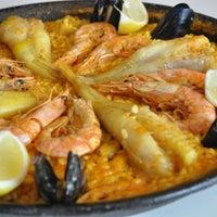 Foto tomada en Restaurante Faro Real por Restaurante Faro Real el 8/6/2013