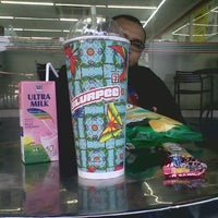 Photo taken at 7-Eleven by kevin k. on 12/6/2013