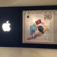 Photo taken at Apple by B D. on 9/13/2013