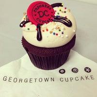 6/26/2013에 Eric L.님이 Georgetown Cupcake에서 찍은 사진