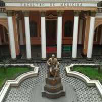 Photo taken at Facultad de Medicina San Fernando (UNMSM) by Fiorella G. on 8/13/2012