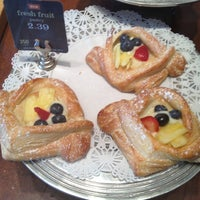 Photo taken at Panera Bread by TrueB3auty on 8/9/2012